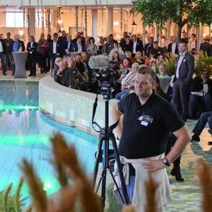 Prominent ist das Spreeweltenbad schon eingeweiht